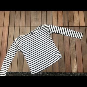 DIVIDED Striped Long Sleeve